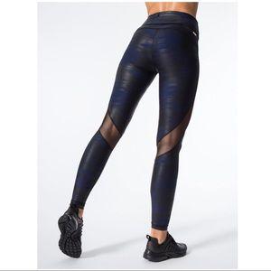 ALALA foil printed leggings